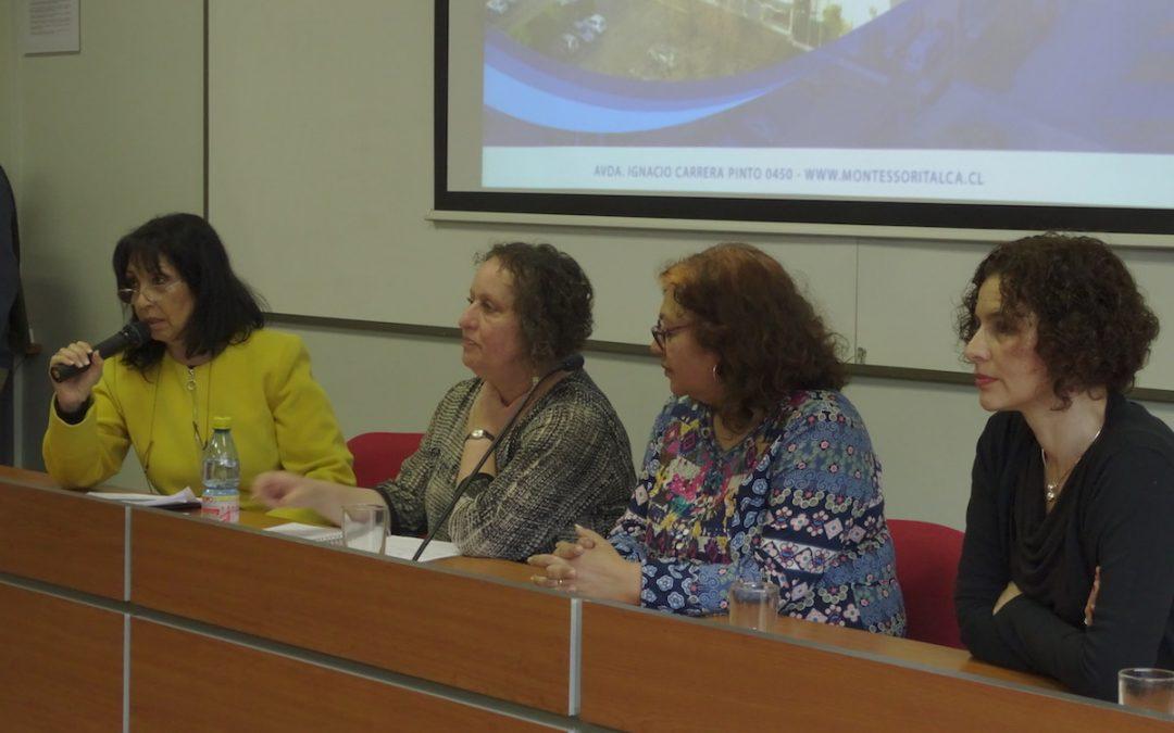 Nuestra Directora Expone en Seminario Lectura/Escritura y Educación