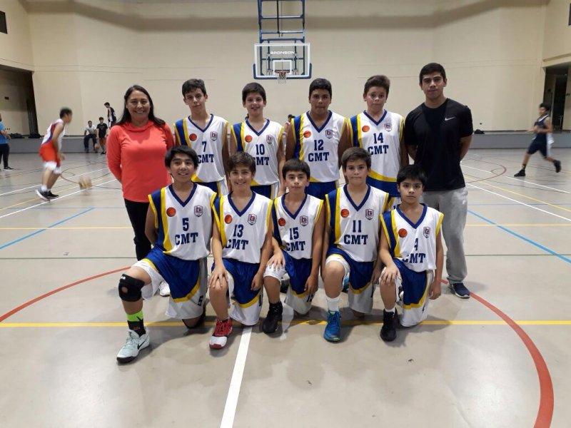 Amistoso de Baloncesto con Sagrados Corazones en Santiago
