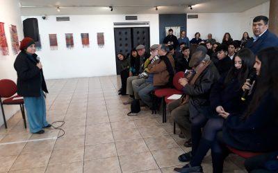 """Exposición y Conversatorio """"Tejiendo Memorias"""" por Paulina Brugnoli."""